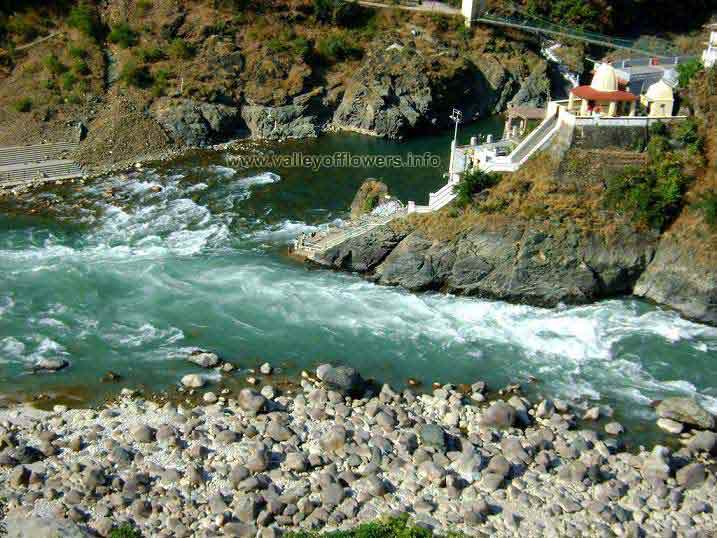 The upper river is Mandakini coming from Kedarnath and other one is Alaknanda coming from Badrinath. After this point they together are called Alaknanda, which meets Bhagirathi river at Dev Prayag. Mandakini flows with a slow pace compared to Alaknanda.
