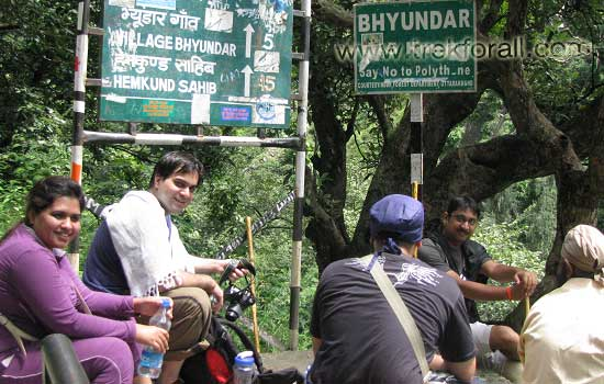 Having a short rest on our trek from Govindghat to Ghangaria