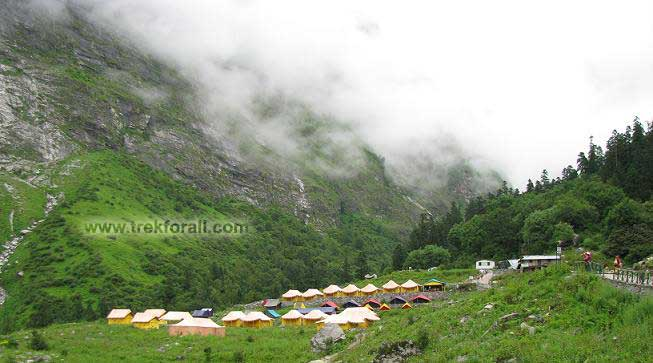 Tents in Ghangaria, on the way to Valley of Flowers