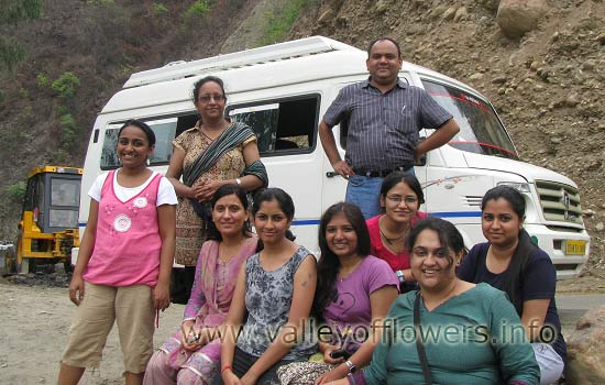 Group on the way from Haridwar to Govindghat.