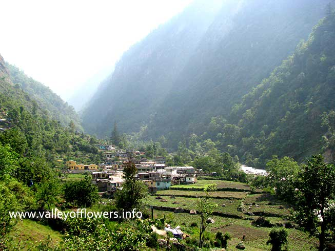 Pulna Village on the way to Ghangaria. Half of this village has been washed out by floods in Pushpawati River.