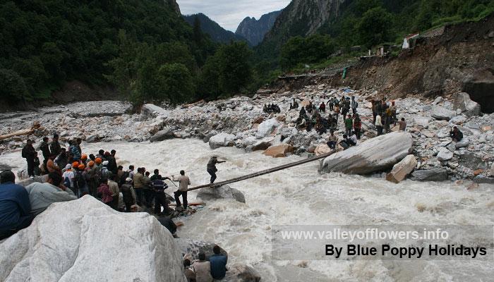 Bridge being constructed at Bhyundar.
