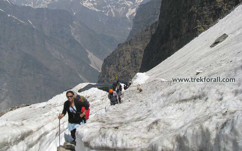 Trek to Hemkund Sahib in the month of May