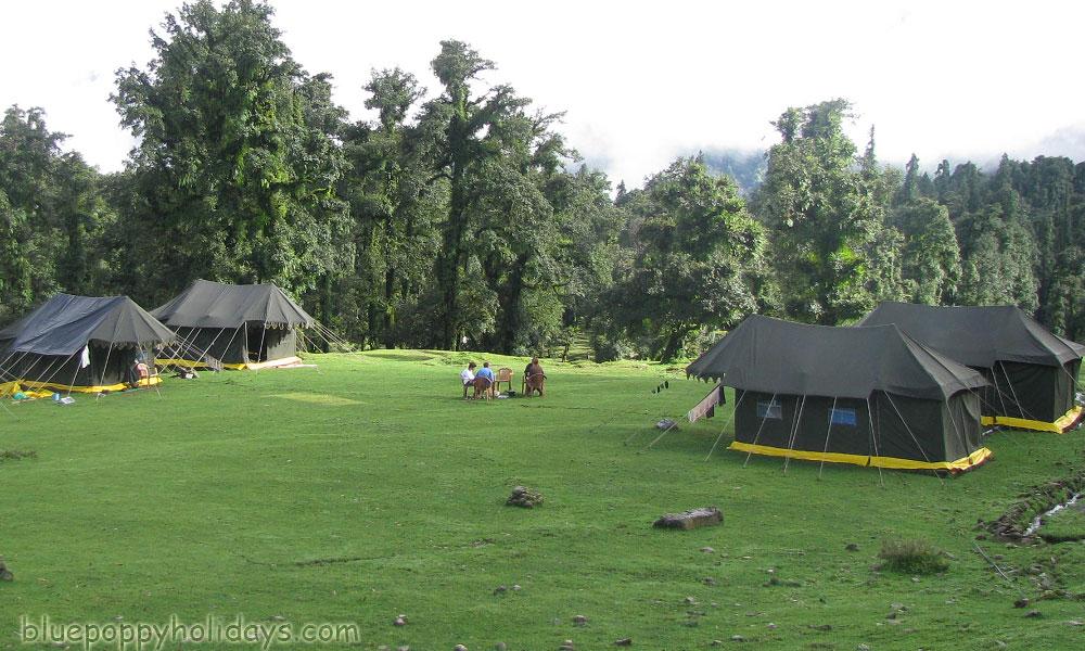 Camping at Deoriya Tal