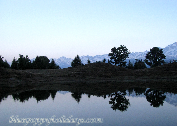 Deoria Tal at sunset