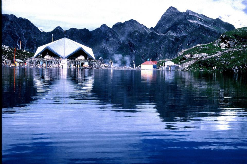 Beautiful view of Hemkund Sahib in the evening