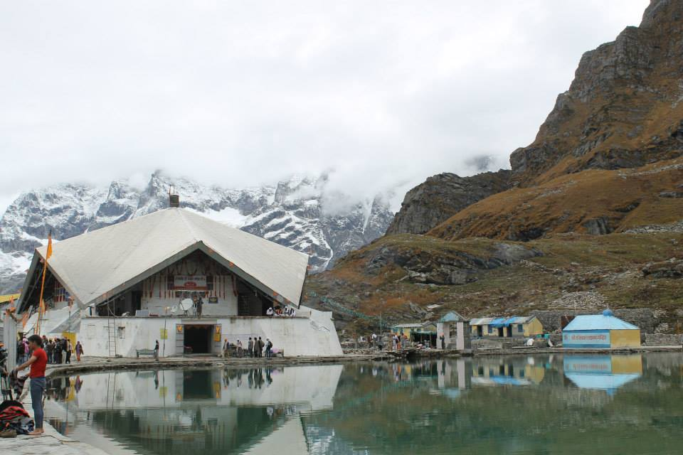 Beautiful view of Hemkund Sahib in the morning