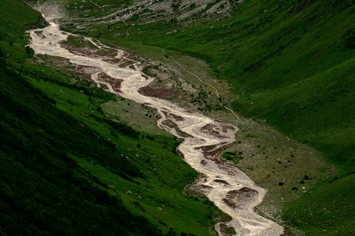 Eagle Eye view of Pushpawati River in Valley of Flowers