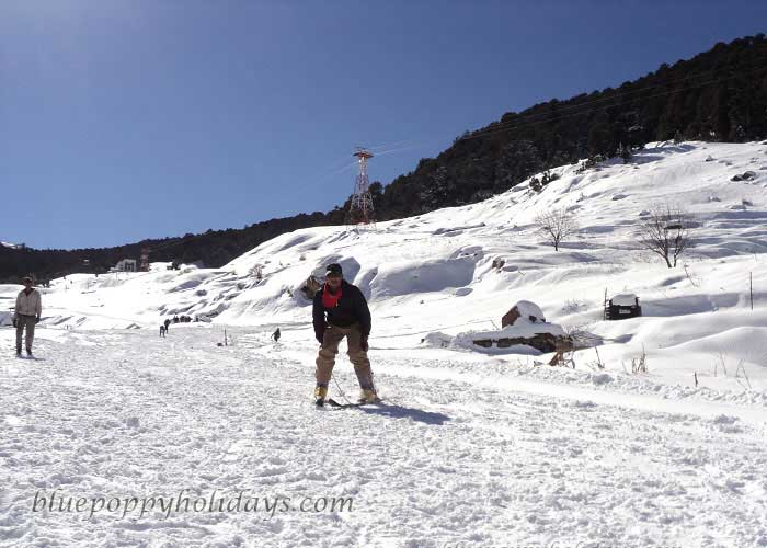 Skiing at Auli